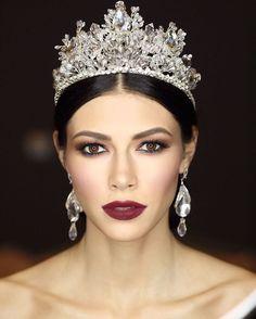 Gala  !!! Не всем идёт так корона как этой прекрасной девушке ☝️ !!! Фото @kirillermolaev43 ✌! #mkserdarkambarov #serdarkambarovstudio