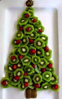 Sure enough, I got the email again today . the snacks for Christmas breakfast / dinner - Christmas dinner at school? Or Christmas breakfast? More than 30 easy Christmas snacks - Best Christmas Recipes, Christmas Party Food, Christmas Brunch, Xmas Food, Christmas Breakfast, Christmas Appetizers, Christmas Cooking, Noel Christmas, Christmas Goodies