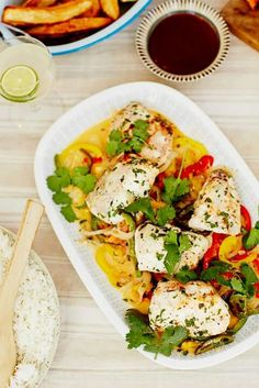 Moqueca baiana- by Jamie Oliver Jamie Oliver, Dinner Recipes, Tacos, Mexican, Ethnic Recipes, Kitchen, Food, Recipes With Shrimp, Cooking Tips