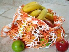 Why not crochet yourself a pretty produce bag? Find this and many more free crochet patterns at Craftown.
