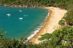 Praia do Jabaquara, considerada uma das mais bonitas de Ilhabela (Brasil) - Foto: Márcio Bortolusso