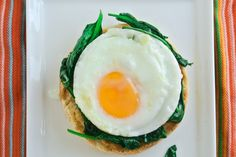 Eggs Florentine by myutensildrock: Healthy, balanced and easy. #Eggs #Spinach #Healthy #Easy