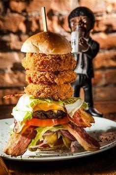 Monstros, mas com fineza: os hambúrgueres gourmet mais inusitados