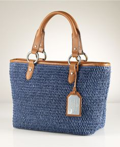 So cute for summer Crochet Handbags, Crochet Purses, Free Crochet Bag, Crochet Bags, Diy Crochet Granny Square, Tote Handbags, Leather Handbags, Ralph Lauren Handbags, Basket Bag