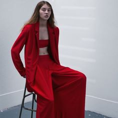 Women's Outfits : Marta Jakubowski Red Fashion, Fashion Shoot, Editorial Fashion, High Fashion, Fashion Outfits, Womens Fashion, Haute Couture Style, Mode Editorials, Fashion Designer