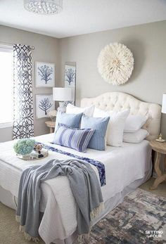 Simple Bedroom Decor Ideas Beautiful 7 Simple Summer Bedroom Decorating Ideas Setting for Four Simple Bedroom Decor, Stylish Bedroom, Bedroom Ideas, Simple Bedrooms, Bedroom Designs, Cream Bedroom Decor, Blue And Cream Bedroom, Modern Bedrooms, Girl Bedrooms