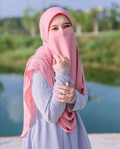 Hijab Niqab, Hijab Chic, Hijab Outfit, Wedding Couple Poses Photography, Girl Photography Poses, Hijabi Girl, Girl Hijab, Niqab Fashion, Muslim Fashion