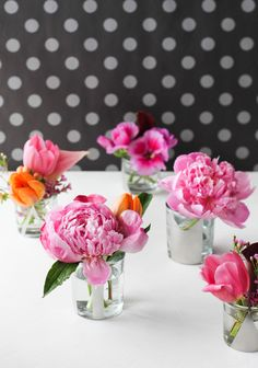 Wedding DIY: Small DIY Flower Arrangements with Peonies and Mirrored Glass Vases   Paper and Stitch