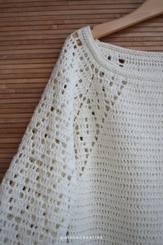 VK is the largest European social network with more than 100 million active users. Crochet Vest Pattern, Crochet Poncho, Crochet Top, Crochet Patterns, Fillet Crochet, Crochet Borders, Crochet Magazine, Crochet Clothes, Baby Knitting