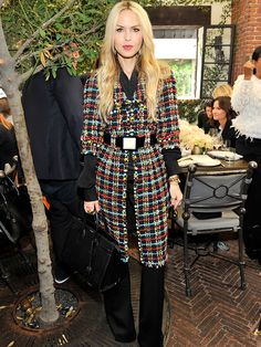 Rachel Zoe in a long tweed belted Chanel coat over black flare leg pants Rachel Zoe, Work Fashion, Fashion Pants, Women's Fashion, Fall Winter Outfits, Autumn Winter Fashion, Dress Over Pants, Gilet Long, Fall Looks
