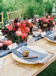 Tropical table decor: http://www.stylemepretty.com/2015/02/16/tropical-fruit-wedding-inspiration/ | Photography: Brody T - http://brodytanphotography.com/