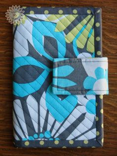 Quilts My Way: Pretty Patches Wallet.