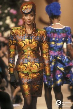 Find out more on Europeana Yves Saint Laurent Designer, Yves Saint Laurent Paris, Hedi Slimane, Style Couture, Couture Fashion, 80s And 90s Fashion, Retro Fashion, Christian Dior, Ysl