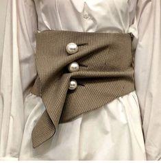 DIY ceinture chic avec détail gros boutons perlés - #avec #boutons #Ceinture #chic #détail #DIY #Gros #perlés