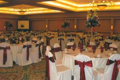 Red and White Holiday Party | The Center @ Holiday Inn | Breinigsville, PA | Call 610.391.1000 today for your tour!
