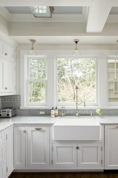 Fresh. like tile (not decorative border though). not sink. not fixtures.  like paint color in ceiling. carrera countertop?
