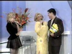 """Hebe (1995) - Angélica vai ao programa com César Filho e canta """"Dois Nam..."""