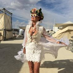 susan sarandon took the father of lsd's ashes to burning man