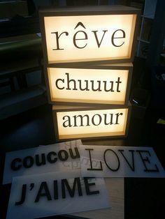 Boîte lumineuse pour dire des mots doux. lightbox leal en vente chez Les jolies choses http://wp.me/p6JW5G-mK