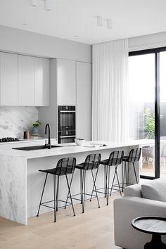Open Plan Kitchen Living Room, Home Decor Kitchen, New Kitchen, Home Kitchens, Kitchen Reno, Grey Kitchen Designs, Modern Kitchen Design, Scandinavian Style Home, Modern Kitchen Interiors