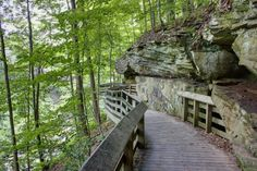 An Easy Hike In Ohio That Takes You Somewhere Beautiful