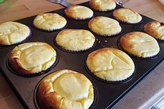 Schnelle Käsekuchen-Muffins Fast cheesecake muffins Fast cheesecake muffins 6 The post Quick cheesecake muffins appeared first on kids birthday ideas. Cheesecake Brownie, Easy No Bake Cheesecake, Homemade Cheesecake, Classic Cheesecake, Cheesecake Bites, Brownie Recipes, Dessert Recipes, Easter Recipes, Cheesecake Factory Recipe Chicken