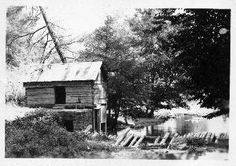 """Looney Mill-Buchanan County, Virginia """"somewhere"""" on Big Prater Creek, probably close to where the house is. Agricultural Buildings, Suburban House, Vernacular Architecture, Mystery Of History, Appalachian Mountains, Family Genealogy, Monochrome Photography, Ancestry, Regional"""