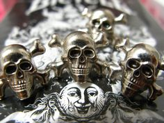 Skull and Cross Bones Metal Buttons , Shiny Silver Color , Shank , 0.55 inch , 6 pcs by Lyanwood, $6.00