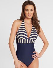 From eye catching prints to classic silhouettes, discover the stylish range of swimsuits on offer at Figleaves and turn heads poolside in your favourite swimwear brands, from Freya Swim to Fantasie. Retro Swimwear, Swimwear Brands, Santa Maria, Retro Vintage, Swimsuits, One Piece, My Style, Stylish, Wellness