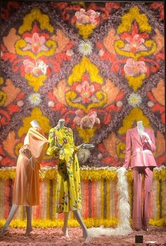 Colour Trends, Visual Display, Bergdorf Goodman, Department Store, Restaurant Design, Manhattan, Windows, Warm, Luxury