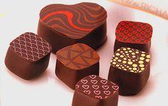 Chocolate I love to eatg Japanese Chocolate, Valentine Chocolate, My Love, Eat, Drink, Beautiful, Food, Beverage, Essen