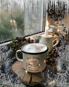 Good Morning Rainy Day, Good Morning Coffee Gif, Good Morning Dear Friend, Good Morning Flowers, Coffee Break, Christmas Coffee, Winter Christmas, Gif Café, Good Morning Animation