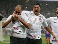 Sport Club Corinthians, Sports Clubs, Racing, Baseball Cards, Couple Photos, Couples, Adidas, World Football, Bahia