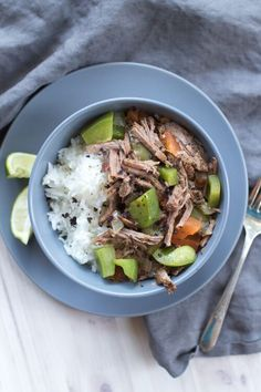 Are you wanting to prepare healthy freezer meals for your crockpot. This Thai sweet & spicy beef recipe is delicious and healthy. Simply add the ingredients to your crockpot and dinner is done. Healthy Freezer Meals, Healthy Crockpot Recipes, Slow Cooker Recipes, Beef Recipes, Easy Recipes, Healthy Food, Vegan Recipes, Frozen Meals, Delicious Dinner Recipes