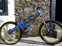 Mt Bike, Mountian Bike, Retro Bikes, Off Road Bikes, Downhill Bike, Bike Chain, Car Wheels, Vintage Bicycles, Cool Bikes