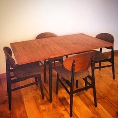 Vintage butterfly dining set email for price and info bettysvintagelounge@gmail.com