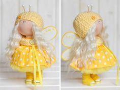 Bee doll doll Fabric doll Interior doll por AnnKirillartPlace