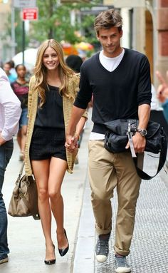 olivia palermo & johannes huebl Olivia outfit is great.... So is that piece on her arm. Total babe.