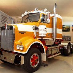 Kenworth Museum | National Road Transport Hall of Fame Semi Trucks, Big Trucks, National Road, Road Transport, Road Train, Cab Over, Kenworth Trucks, Vintage Trucks, American Muscle Cars