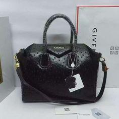 0c3ff99685 Givenchy Antigona Bag 100% Authentic 80% Off