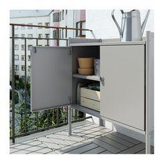 HINDÖ Cabinet, indoor/outdoor IKEA Also stands steady on an uneven floor since the feet can be adjusted. Outdoor Lounge, Indoor Outdoor, Outdoor Living, Ikea Outdoor, Sunroom Kitchen, Ikea Shelving Unit, Outdoor Buffet, Ikea Regal, Ikea Us