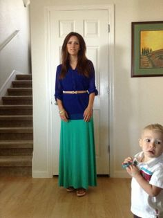 Stay at home Mom Outfit Idea Modest Outfits, Skirt Outfits, Modest Fashion, Pretty Outfits, Cute Outfits, Summer School Outfits, Mom Style, Style Blog, Stay At Home Mom