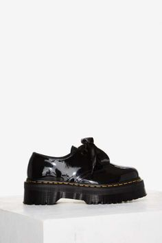 Dr. Martens Holly Leather Oxford - Platforms
