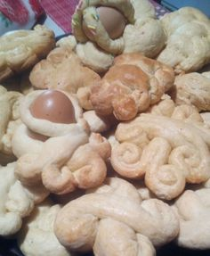 Biscotti+pasquali+calabresi:+Cudduraci+con+Monsieur+Cousine+Plus
