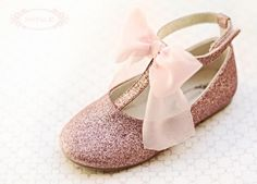 Weddbook is a content discovery engine mostly specialized on wedding concept. You can collect images, videos or articles you discovered  organize them, add your own ideas to your collections and share with other people - Joyfolie Genevieve shoes - available end of Jan!