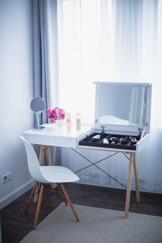 Scandinavian Kitchen Design Ideas To Try In Your House Pinterest Room Decor, Dressing Table Design, Small Vanity, Bedroom Desk, New Room, Home Furniture, Kitchen Design, House Design, Decoration