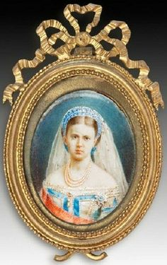 Russian court dress. Grand Duchess Maria Alexandrovna (1853 – 1920). Portrait on enamel. Late 1860s – early 1870s. Daughter of Alexander II, sister of Alexander III, aunt of Nicholas II. Married Alfred, the second son of Queen Victoria