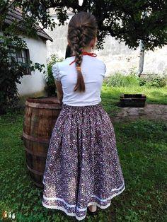 VADVIRÁG-szoknya (Barnabe) - Meska.hu Floral, Skirts, Fashion, Moda, Fashion Styles, Flowers, Skirt, Fashion Illustrations, Flower