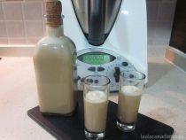 Crema de licor de café con Thermomix Celiac Recipes, My Recipes, Sweet Recipes, Kfc Coleslaw, Christmas Log, What Can I Eat, Sorbets, Healthy Pumpkin, Special Recipes