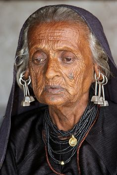 gujrat tribal beautiful elder lady
